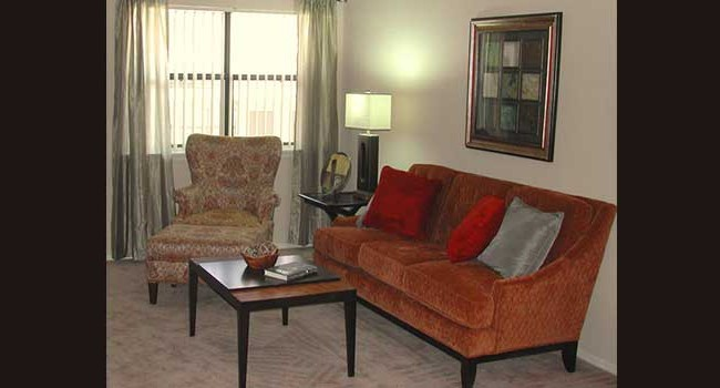 Sunchase Apartments Living Area