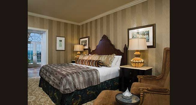 The Hotel Hershey Milton Suite King Room